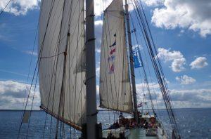 sailing-kids